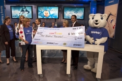 Shaw-Cheque-Presentation---Julie-Shaw-and-Jane-Roos